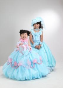 七五三 ブルーのドレス 姉妹で2ショット かわいいんです♪