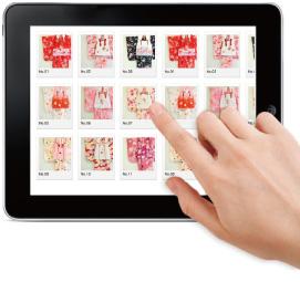 写真:iPadで衣装を選んでいる様子